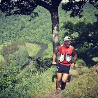 Résultats et calendrier du traileur LAUNOIS JEROME + classement Betrail